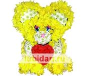 Мишка с любящим сердцем из цветов