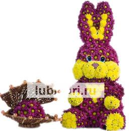 Зайчонок весельчак из цветов