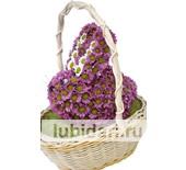 Зайчонок розовый пух в корзинке из цветов